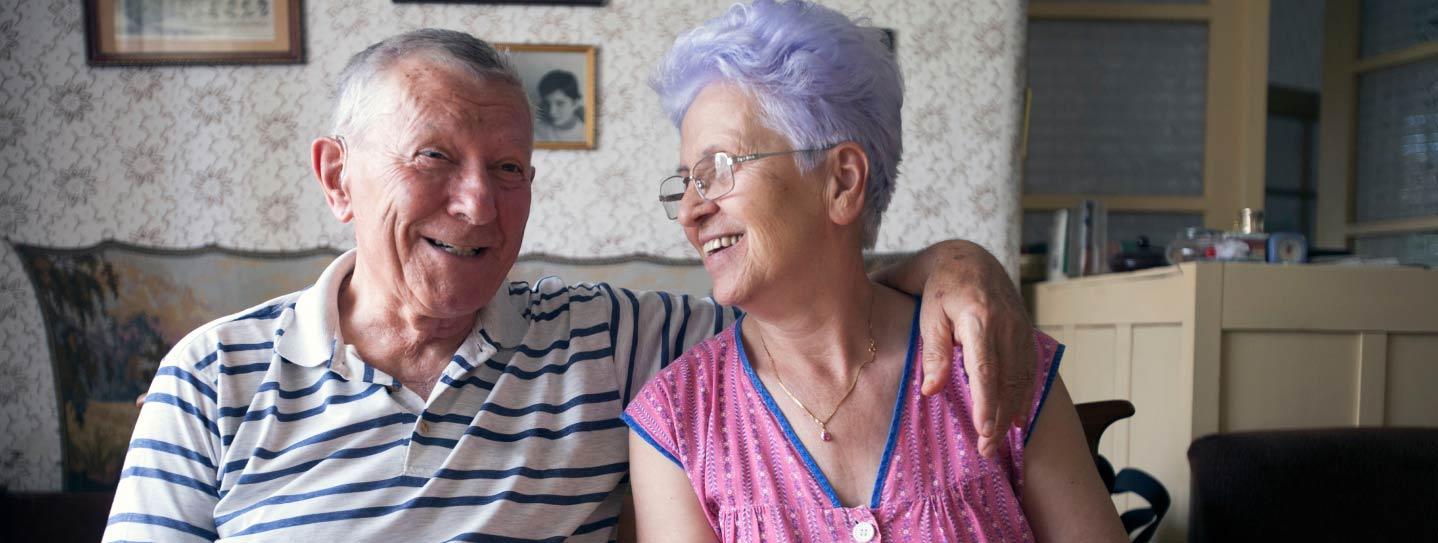 https://smcapproved.com/wp-content/uploads/2020/06/Older-Couple-Smiling.jpg